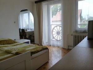 pokoj s balkonem2